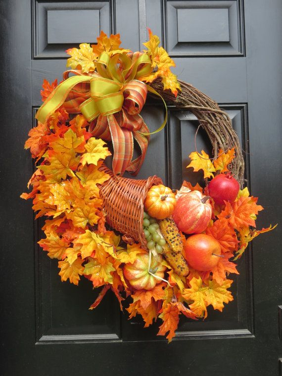 Fall and Thanksgiving Decor - Wreath with Cornucopia Bounty and Leaves