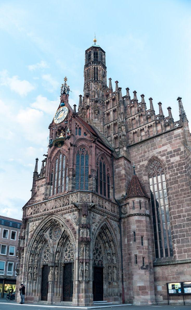 Frauenkirche mit Männleinlaufen, Nürnberg