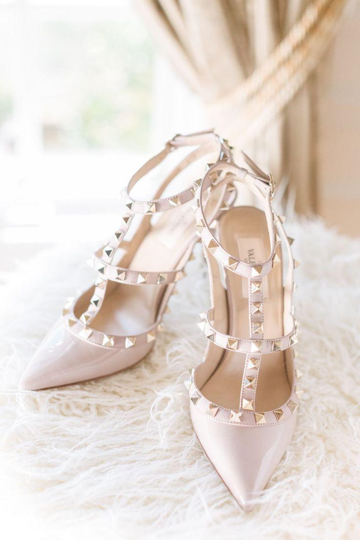 Wedding Shoes Valentino Weddingshoes Engagement Womensstyle Bridalshoes Valentino Wedding Shoes Fall Wedding Shoes Beautiful Wedding Shoes