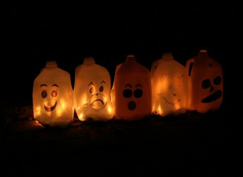 51 best halloween images on Pinterest Halloween decorations - halloween milk jug decorations