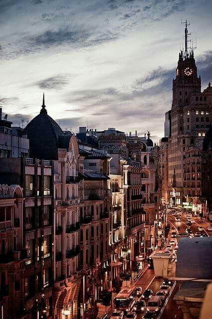 Este es parte de la ciudad en Madrid, Espana.  Es muy antiguo