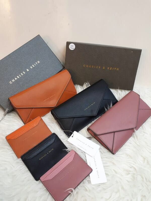 Dompet Charles and Keith Ori 7082 20x10 190rb