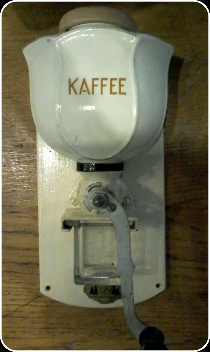 Deustche coffee grinder. Andrea coffee museum