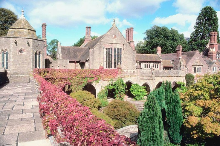 The English Gardens Is A Famous 900 Acre Park Gardens That