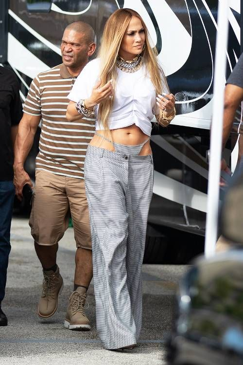 7bba2998ef0b Jennifer Lopez Just Brought Thong Pants Back From the Dead