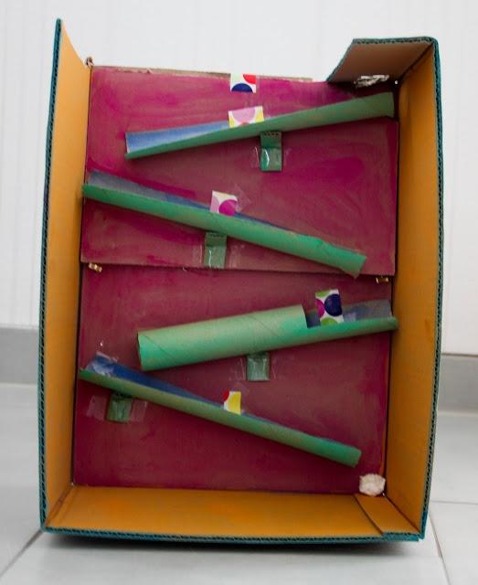 murmelbahn aus papprollen und karton kita ideen u3 pinterest pelz selber machen und. Black Bedroom Furniture Sets. Home Design Ideas