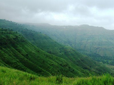 The greatest slope train station within the Traditional western Ghats associated with Maharashtra, Mahabaleshwar can be found in 1372 yards about River Venna,  Mahabaleshwar is actually Sanskrit with regard to Our god associated with Excellent Energy