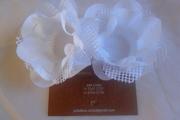 Forminha de tecido tela branca         consultar prazo de entrega. somente cor branca R$ 0,98
