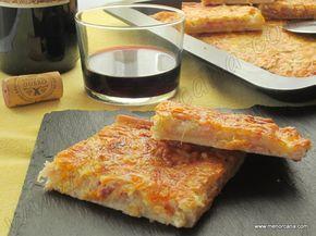 """La """"coca"""" en la gastronomía balear es una mezcla de harina con aceite o manteca, levadura y agua, amasada y cocida. Es de forma rectangular u ovalada y plana. Según el relleno pueden ser cocas dulc..."""