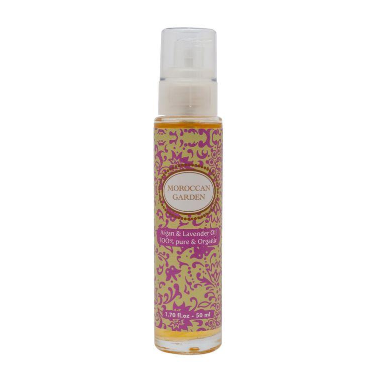 Arganolie met pure  lavendel olie, even heerlijk ontspannen. Lavendel staat bekend om haar rustgevende en verlichtende werkingen. Een paar druppels in een warm bad voor het slapengaan bevordert de nachtrust, een massage met deze olie ontspant alle spieren in je lichaam en een wat onrustige huid wordt rustig van een behandeling met deze olie. http://moroccangarden.nl/product/argan-lavendel-olie/