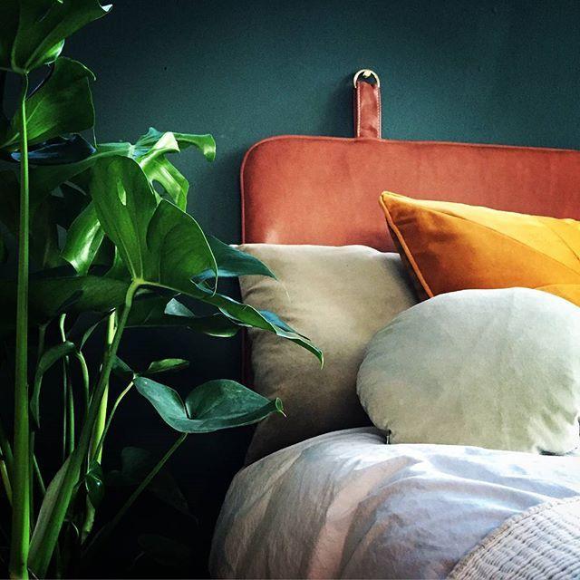 Chill, relax and let your mind wander #headboard #bythornam #leather #bedroom #sleep #morning #rest #homedecor #interiordesign #furniture #madeindenmark #danishdesign #design #classic #cozy #luxury #velvet #handmade #slowliving #chill #hotel