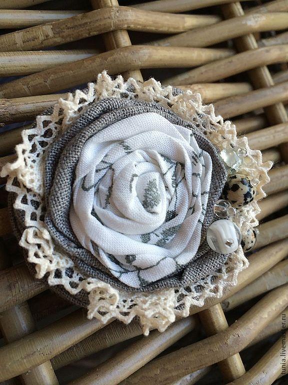 """Купить Брошь текстильная """"В дымке"""" - серый, молочный, белый, брошь, брошь текстильная, бохо"""