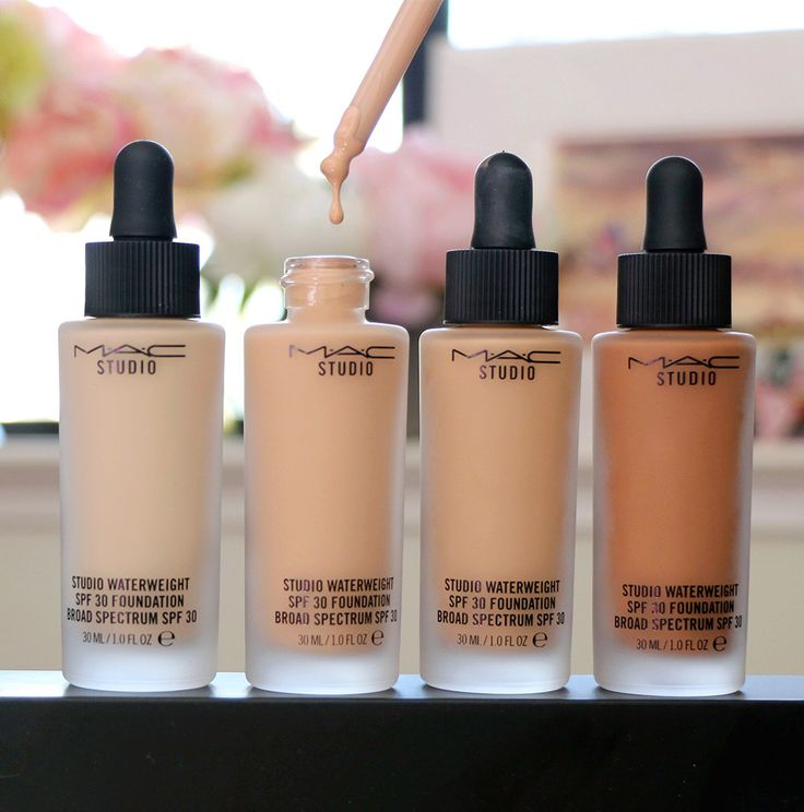 MAC Studio Waterweight SPF 30 Foundation - Makeup and Beauty Blog
