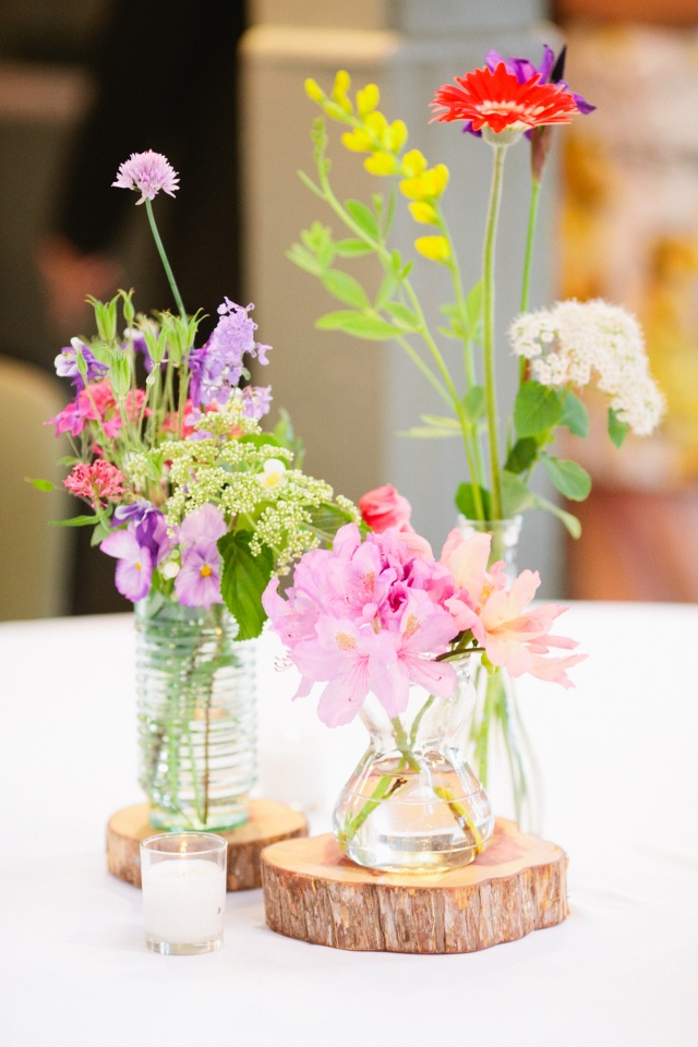 Beautiful and eclectic wildflower centerpieces for a rustic wedding