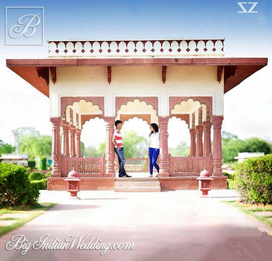 Hemlata and Prateesh's pre wedding photoshoot by Saulat Zuberi