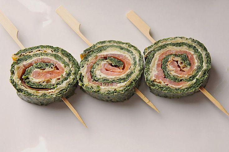Lachsrolle mit Spinat, ein sehr leckeres Rezept aus der Kategorie Gemüse. Bewertungen: 297. Durchschnitt: Ø 4,6.