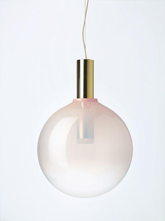 PHENOMENA in Flamingo Pink by Dechem studio #bomma #bommalighting #crystal #mouthblown #design #czechdesign #lighting #pendant #czechrepublic #crystallighting #designlighting #glassdesign #lightdesign #lightingdesign