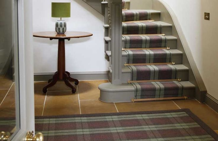 Tartan stairs and rug for a simple way of bringing the pattern into your interior