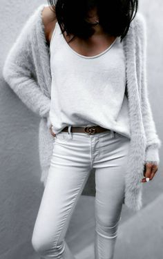Light grey cardigan, grey jeans and white top.