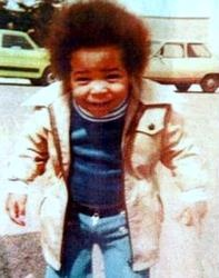Toddler  Thierry Henry. Anyone seen Starsky & Hutch?