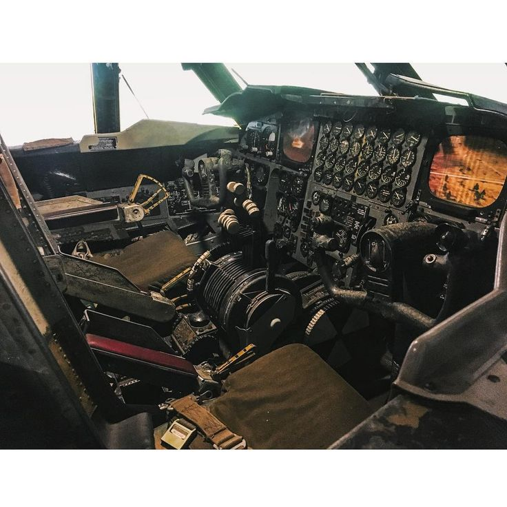 """Business End of the B-52  #B52 #steamdriven #Stratofortress #military #USAF #AirForce #Bomber #instruments #cockpit #flightdeck #aircraft #flying…"""