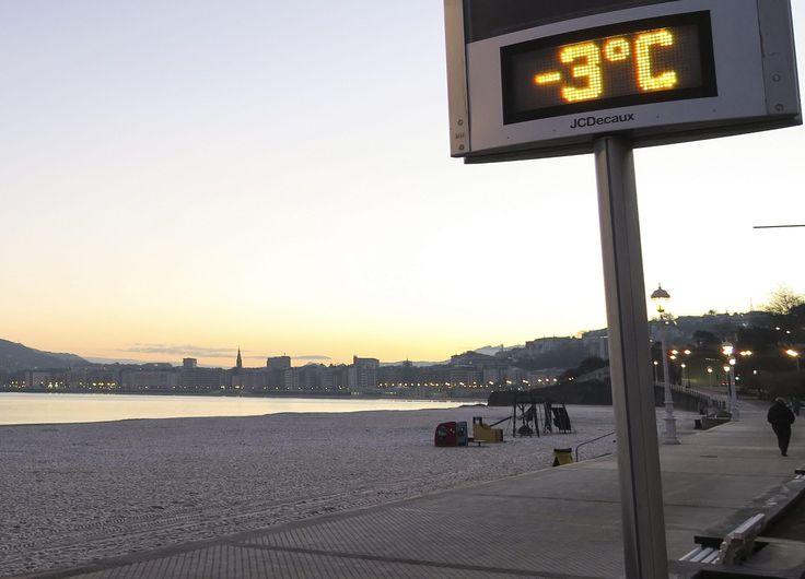 Gelo a San Sebastian, nei Paesi Baschi