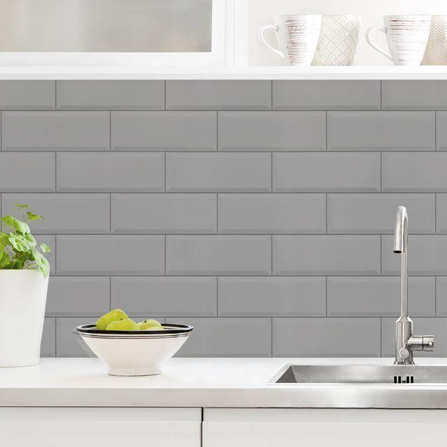 Rivestimento cucina - Mattonelle in ceramica grigio chiaro ...