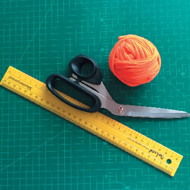 Tutorial   How to make your own t-shirt yarn. #Crafts #Tutorial #SouthAfrica