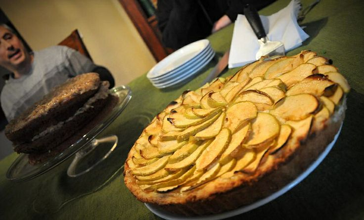 Bavarian Apple-Creme Torte | Foodie: Your Recipes. Your way.
