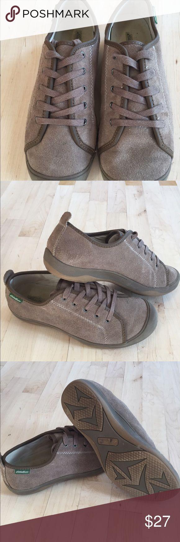 Like New Eddie Bauer leather shoe/sneaker Like New Eddie Bauer leather Shoe/ sneaker size 8 Eddie Bauer Shoes Sneakers