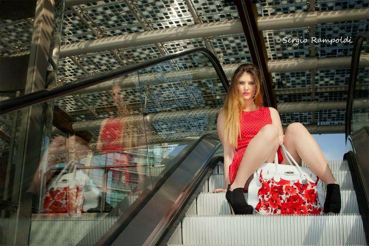 ph Sergio Rampoldi modella: Ylenia assistenza luci: Marco, Riccardo e Giovanni make up: Ylenia abbigliamento e accessori: Giry Cornaredo