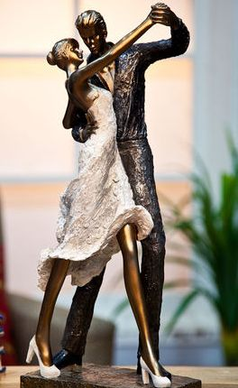 Get 20% OFF ON Love Couple Showpiece. It will create a romantic ambience in your living place. Made from polyresin, it is lightweight and durable. This Showpiece is best gift for valentine's Day.