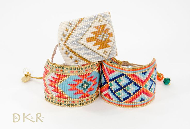 DAKARY COLLECTION SPRING / SUMMER 2017 Pulseras - Bracelets WAYUU Collection: Coral-Alaskan y Pepper-Griffin