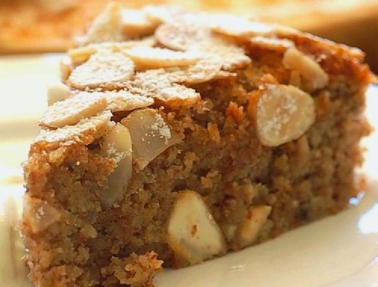 Torta muy delicada con almendras