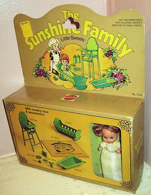 The Sunshine Family Baby Little Sweets Green Set 1974 | eBay  I had the Sunshine Family...a kind of Barbie alternative.  Not this one, though