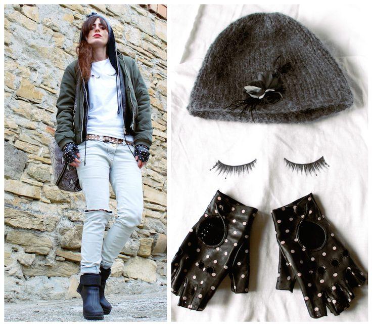 #ootd #streetstyle #gloves #shoes #beanie #bomber #sorel #pois #eyes #easy #sporty #winter