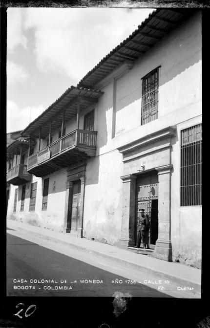 Casa Colonial de la Moneda, año 1756. Calle 10 (Bogotá, Colombia)…