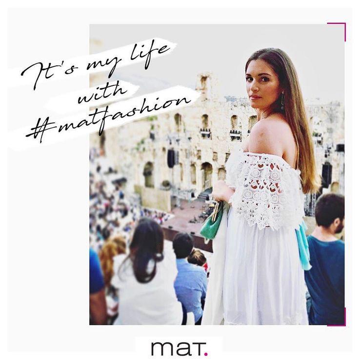 Μοιράσου τις #matfashion στιγμές σου μαζί μας!  Καλοκαιρινή βραδιά στο Ηρώδειο με @ludovico_einaudi , για την @pely_zervou , φορώντας το ρούχο που αγαπάει! @athepfestival  Ανακάλυψε το λευκό maxi φόρεμα [code: 671.7223] _______________________________________________________ #lovematfashion #odeonherodesatticus #ludovicoeinaudi #spectacle #live #concert #athens #acropolis #pianist #classicalmusic #ootd #vsco