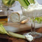 Älskar du också chévreost🙋♀️ Den här dippen är då helt fantastiskt god. En chévredipp helt enkelt🙌 Detta recept och mycket mer hittar du på www.victoriasprovkök.se receptet finns på startsidan NU👏 #dipp #chèvre #matblogg #matbloggare #influencer #sweden #sverige #örebro #mat #förrätt #tapas #mysmat
