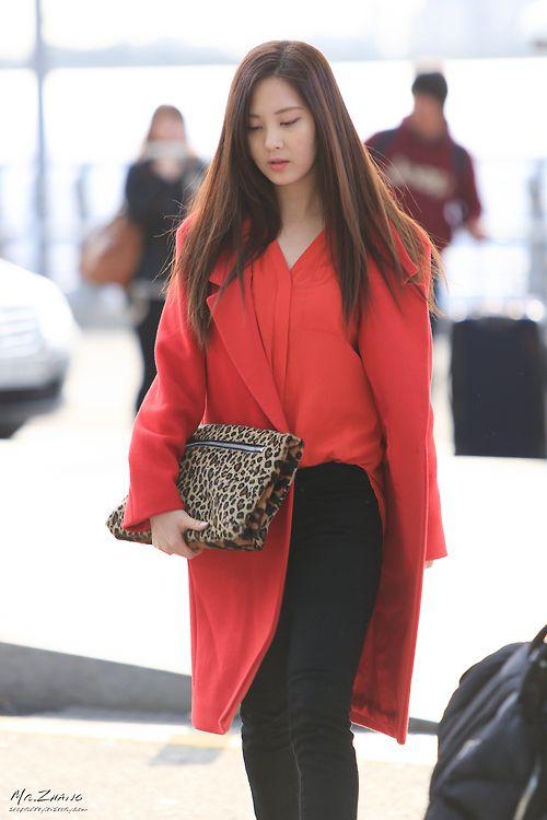 Snsd Seohyun Korean Stars Airport Fashion Casual