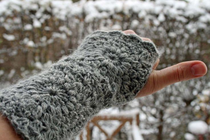Her er et par skønne pulsvarmeretil kolde dage,som er ret søde i mønstret og hurtige at lave. Forhåbentlig kan de modstå selv den værste ...