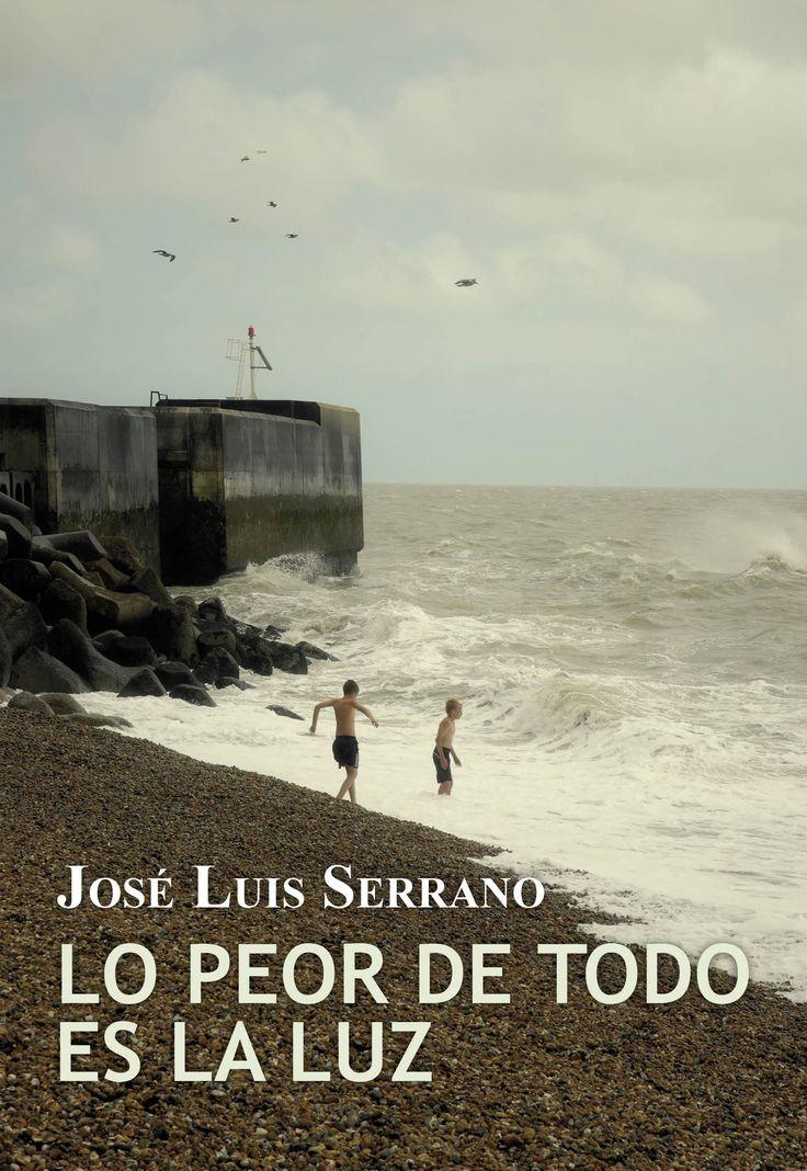 Lo peor de todo es la luz, de José Luis Serrano. Virginia Woolf, Lgbt, Love Book, Book Series, My Books, Songs, Reading, Beach, Water
