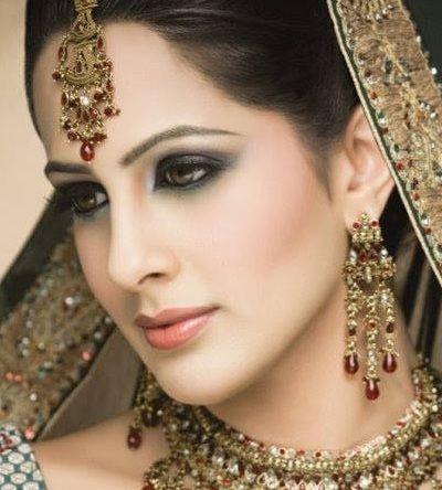 Indian bridal makeup looks inspiration 7
