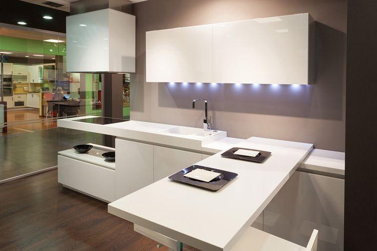 #Cocina #Lacado #Diseño #Madrid #CocinasMadrid #Encimeras #Gola #ShowromCocinasRio #campana #Silestone #Cristal