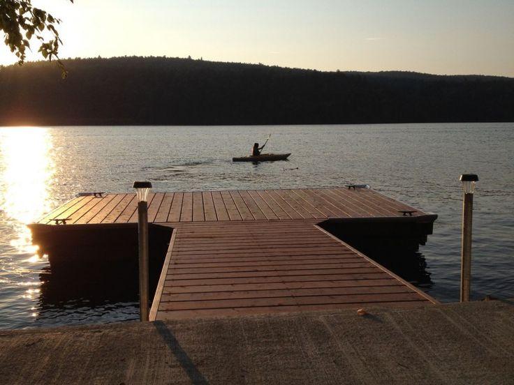 Quai pour bateau avec échelle pour baignade