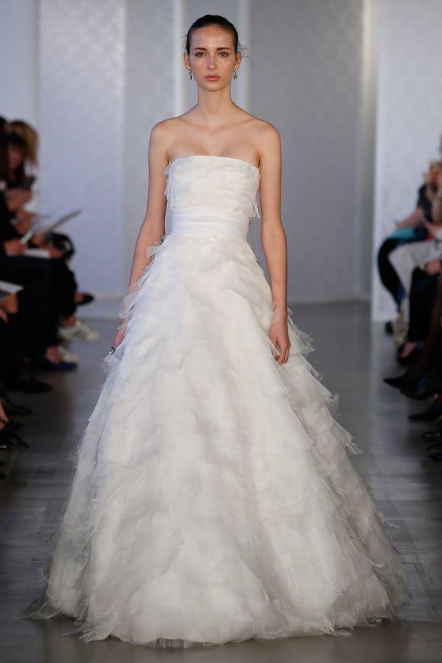 69 best Oscar de la Renta images on Pinterest | Wedding frocks ...