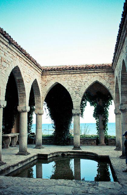 Balchik Palace, Bulgaria | Flickr - Photo Sharing! Visit Balchik in Bulgaria http://www.jmb-active.com/?activity=holiday_bulgaria #balchik #bulgaria #holiday