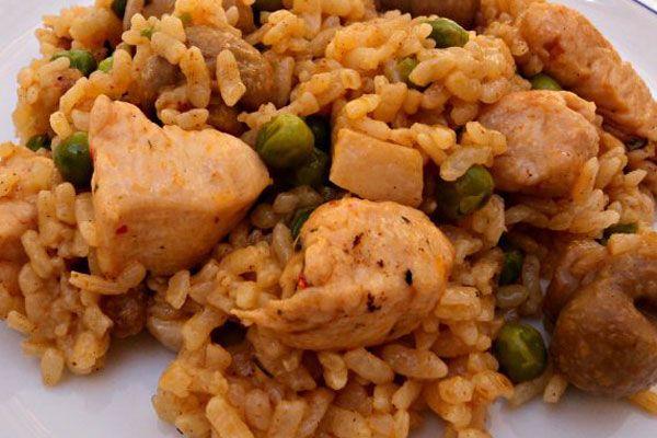 Arroz de pollo adobado y panceta – receta