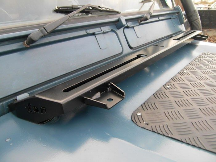 http://www.farcorners.co.uk/product/hi-lift-bonnet-mount-for-land-rover-defender/