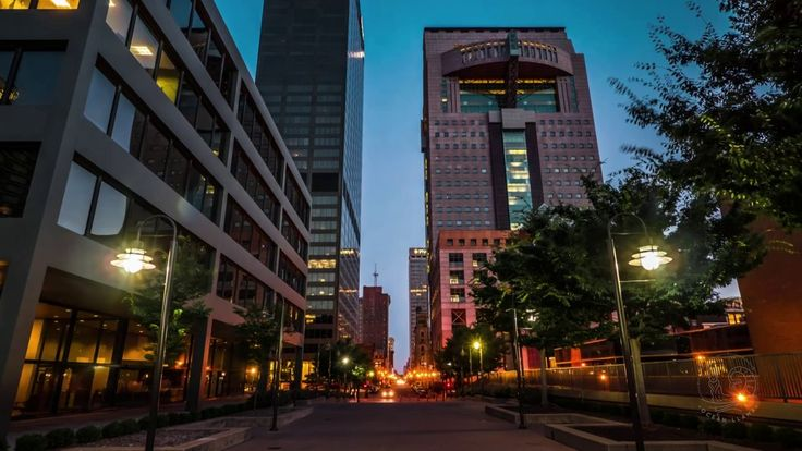 Dolly Zoom Tutorial for Timelapse Hyperlapse. This video explains the steps on creating a Dolly Zoom for a timelapse and incorporating a hyp...